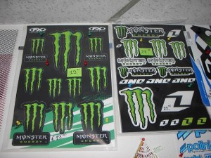 Monster Stickerblad compleet € 19,95