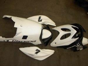 Nitro/Aerox Kappenset Racing € 249,00