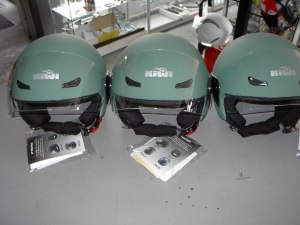 Helm KIWI Appelblauwzeegroen mat scooterhelm € 48,00