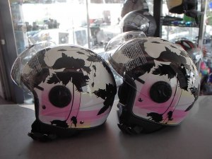 Helm Paradise € 48,00