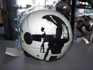 Helm Surf € 48,00