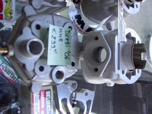 Derbi Senda '06 Cilinder Malossi MHR € 299,95