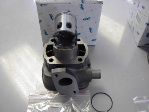 Cilinder Nitro/Aerox 49CC  € 59,95